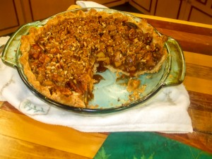 Gluten Free Apple Pie with streusel topping